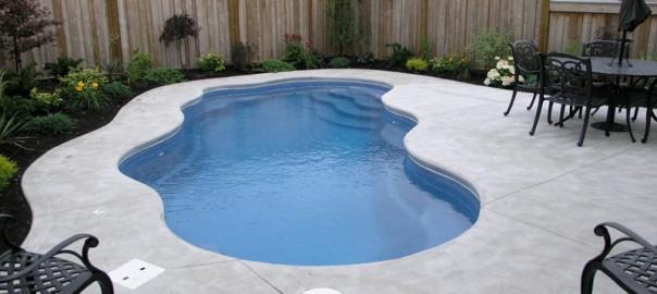 laguna pool